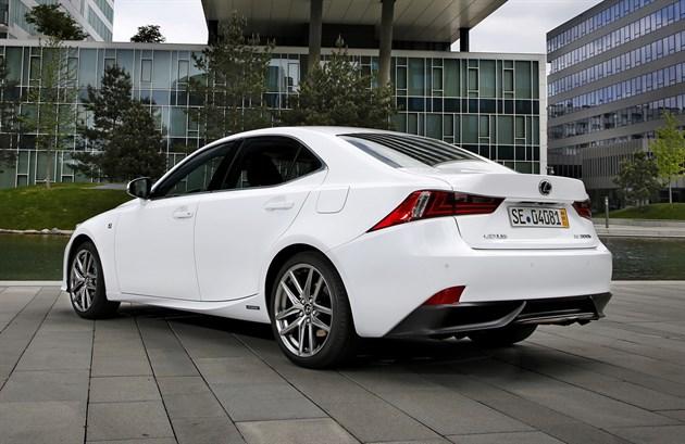 Lexus Is300 2